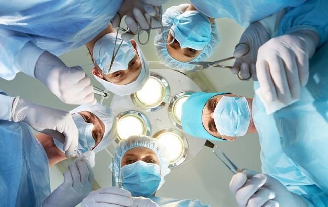 В Киеве хирурги совершили пересадку лица