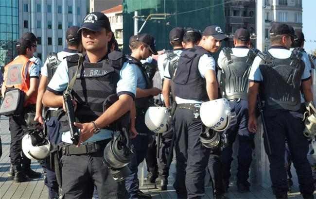 Фото: турецькі поліцейські (flickr.com/David Parody)