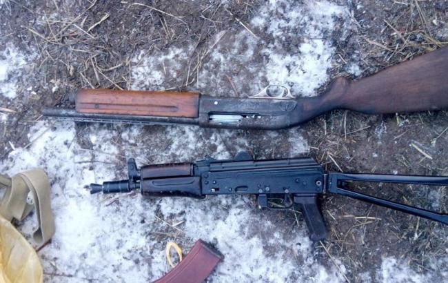 У Чернігівській області у місцевого жителя виявили арсенал боєприпасів