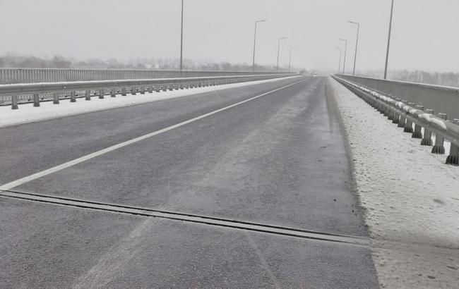 """В """"Укравтодоре"""" констатировали отсутствие ограничений движения на дорогах госзначения"""
