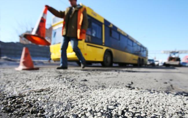 Фото: ДТП с пассажирским автобусом (УНИАН)