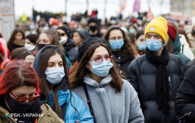 Максимум с начала года. В Украине 15 053 новых случая коронавируса