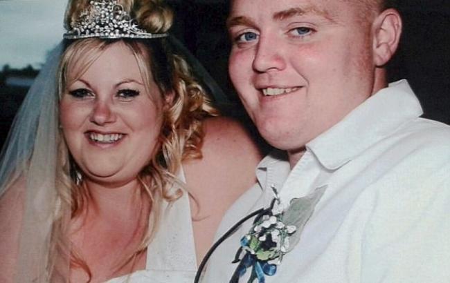 Фото: Вільям і Дженіс на першому весіллі (dailymail.co.uk)