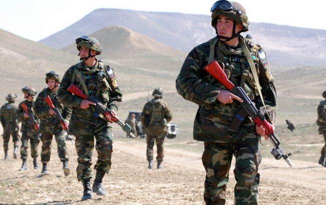 Азербайджан сказал свою версию военного столкновения награнице сАрменией