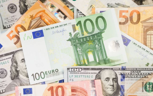 Госдолг Украины за месяц вырос на полмиллиарда долларов