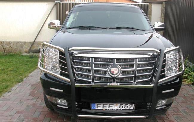 Фото: Cadillac Escalade (avtobazar.ua)