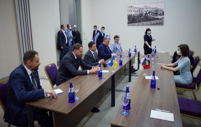 Зеленский и Санду договорились ускорить строительство пограничного перехода через Днестр