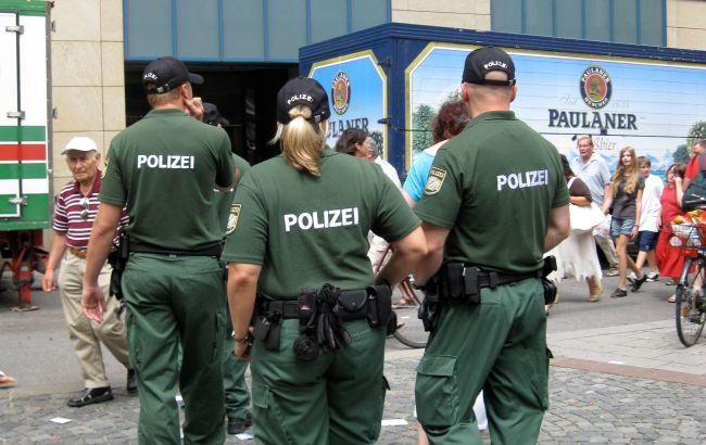В Германии устроили массовые погромы: ранены 19 полицейских