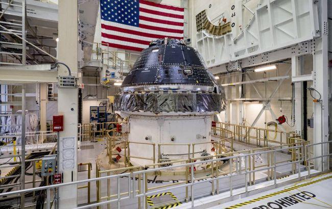NASA подписало контракт на строительство кораблей для полетов на Луну