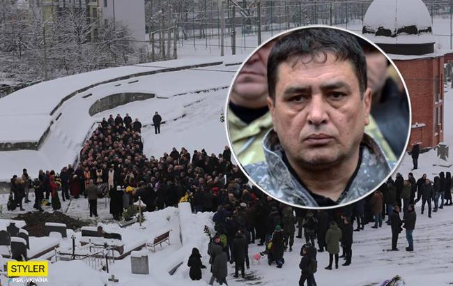 Во Львове провели в последний путь активиста Игоря Коцюрубу