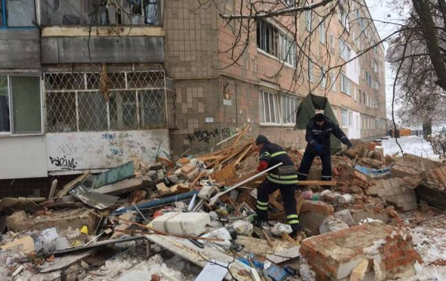 Зруйнований у Фастові будинок знеструмили і відключили від газу