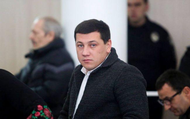 """В Черкассах в дом депутата горсовета бросили """"коктейль Молотова"""", возбуждено дело"""