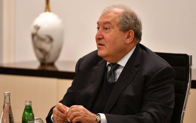 У президента Вірменії виникли ускладнення від коронавірусу