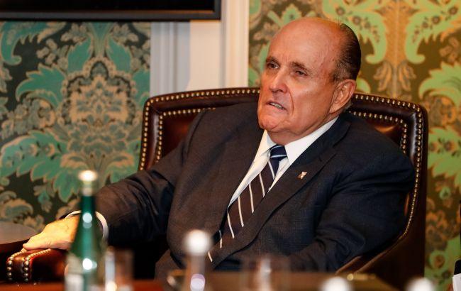 Джуліані вимагав від Зеленського публічно почати справу проти сина Байдена, - WP