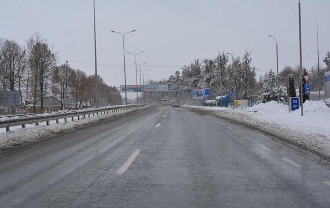 """""""Укравтодор"""" рассказал о ситуации на дорогах Украины"""