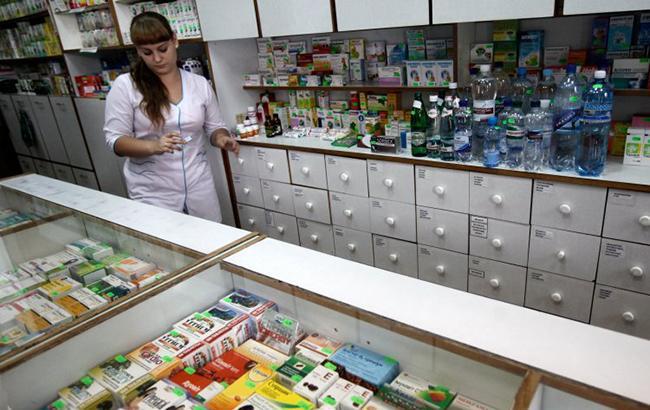 Фото: медпрепарати в одній з аптек Києва (Владислав Мусієнко, УНІАН)
