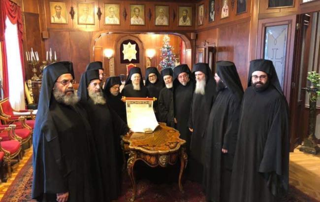 Томос про автокефалію ПЦУ підписали всі члени Синоду Вселенського патріархату