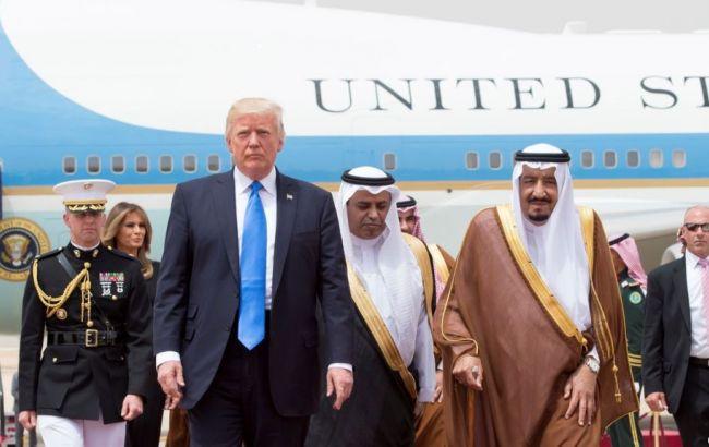 США і Саудівська Аравія уклали військові контракти на 110 млрд доларів