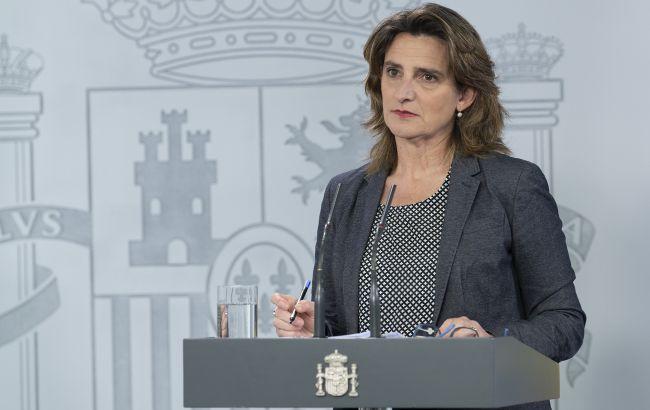 """Іспанія розглядає можливість введення """"безпечних коридорів"""" для туристів"""