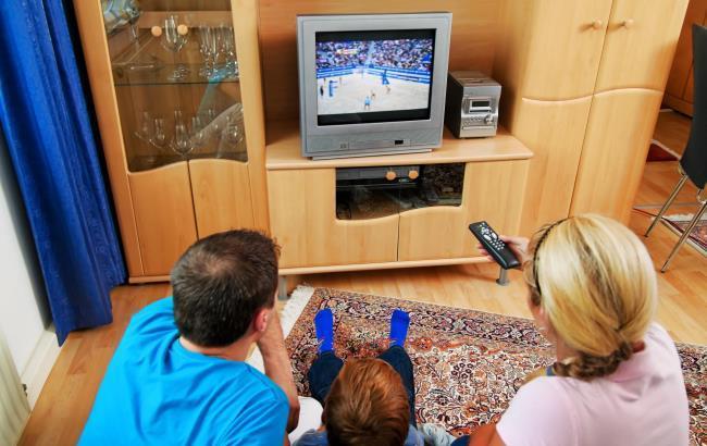 Фото: Українців хочуть позбавити безкоштовного телебачення (siapress.ru)