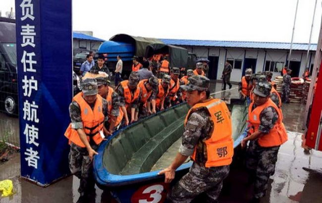В результате крушения парома в Китае погибли 5 человек
