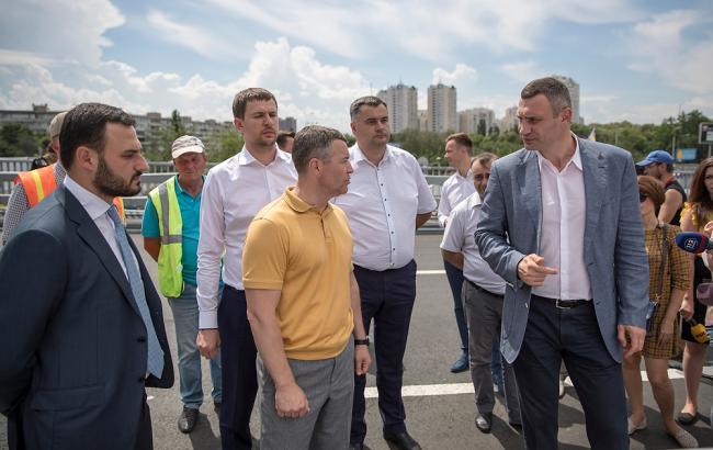 Фото: проверки работ по капитальному ремонту транспортной развязки (kiev.klichko.org)