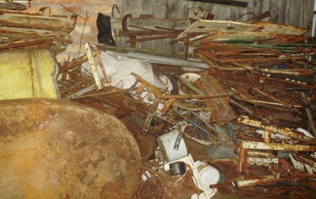 Фото: пограничники обнаружили более 5 тонн радиоактивного металлолома