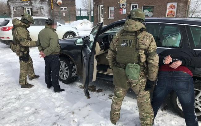 Фото: арест на КПП (пресс-служба СБУ)