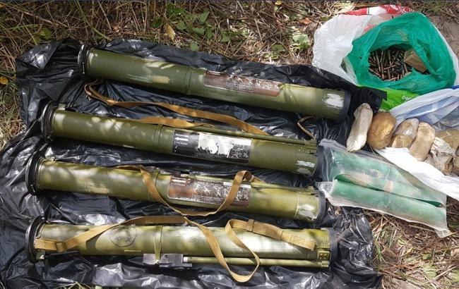 В Киеве СБУ изъяла арсенал оружия и боеприпасов