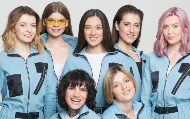 Гидрофильное масло и детский крем: что в косметичках у украинских моделей