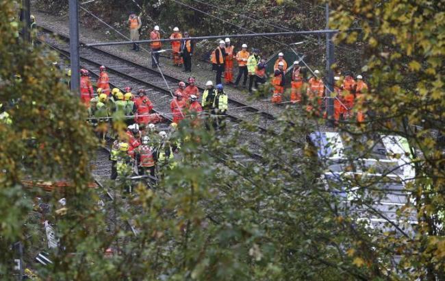Фото: аварія трамвая в Лондоні