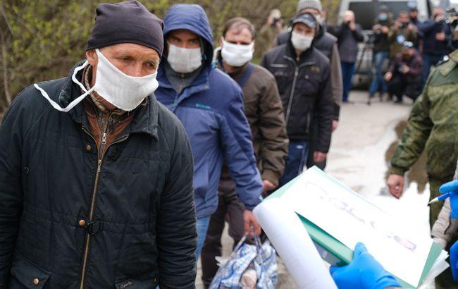Великодній обмін: як повертали українців з полону бойовиків на Донбасі