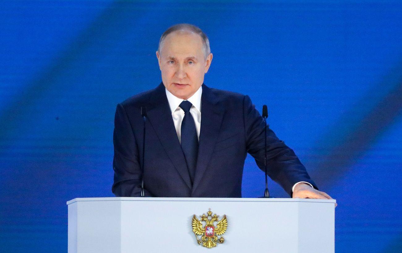 Путин: можно как угодно относиться к Януковичу, но планы убийства - это слишком