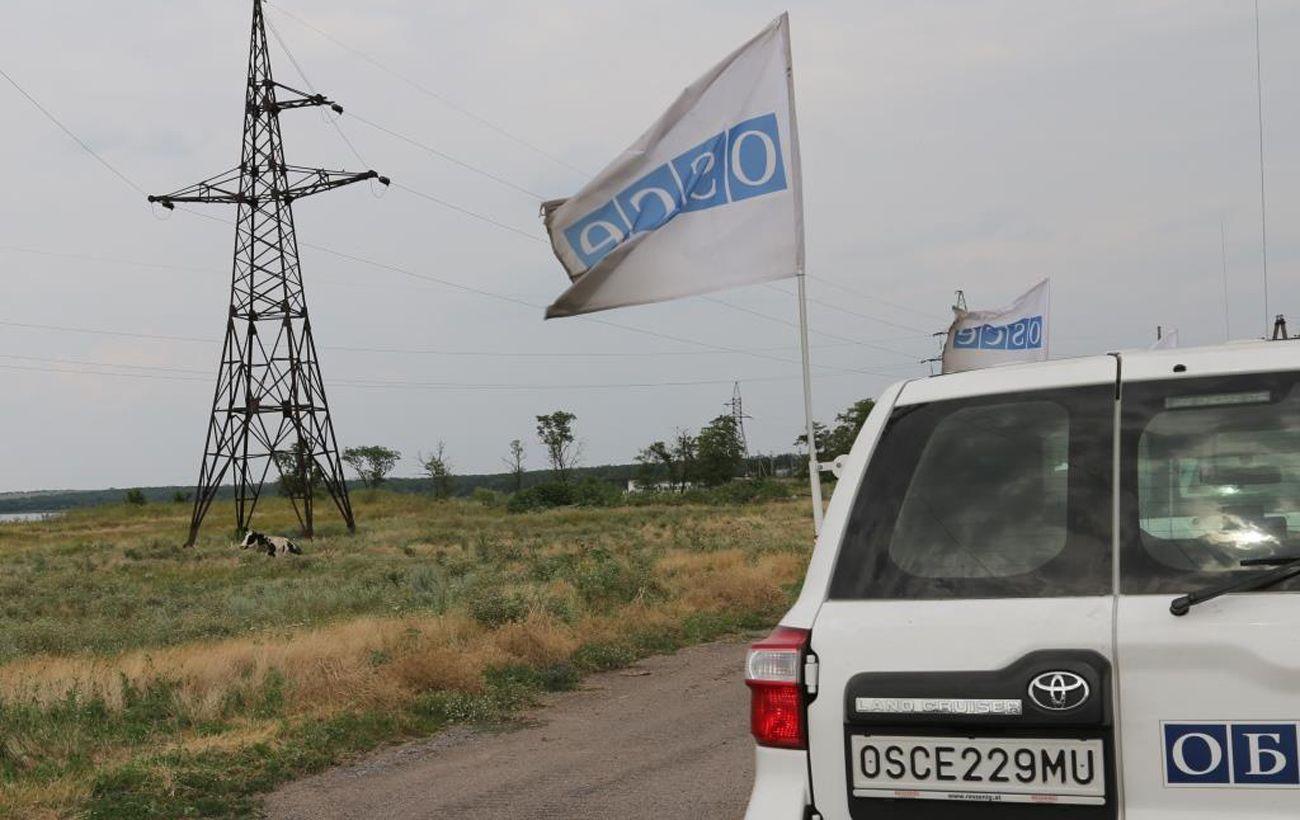 На выходных Донбасс обстреливали 1365 раз: в ОБСЕ рассказали о нарушениях