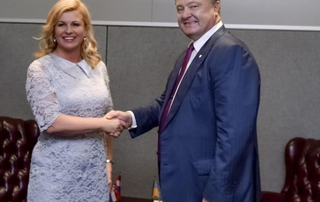 Фото: Петр Порошенко и президент Хорватии Грабар-Китарович