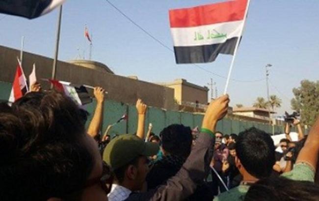 На митинге в Багдаде произошла потасовка с полицией, есть погибшие