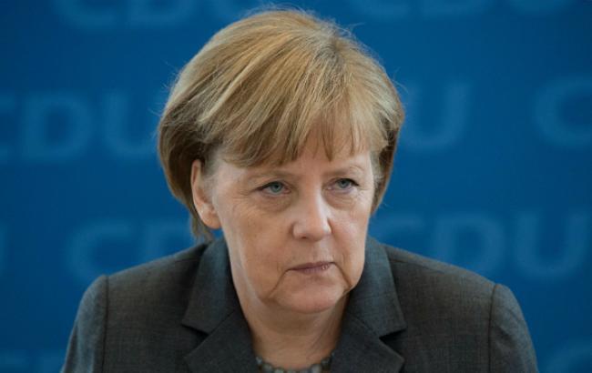 Меркель не уверена в результативности переговоров с Путиным