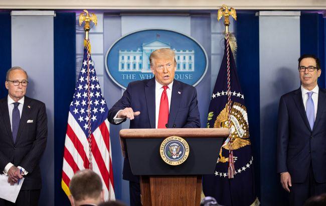 Трамп выступил с минутным заявлением в Белом доме: что сказал