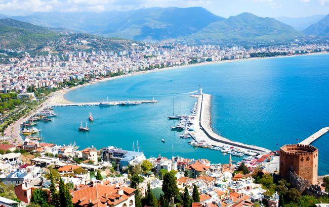 Фото: українці стали більше відвідувати курорти Туреччини порівняно з 2015 роком