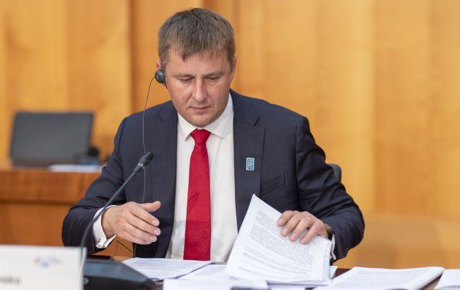 Министр иностранных дел Чехии заболел COVID