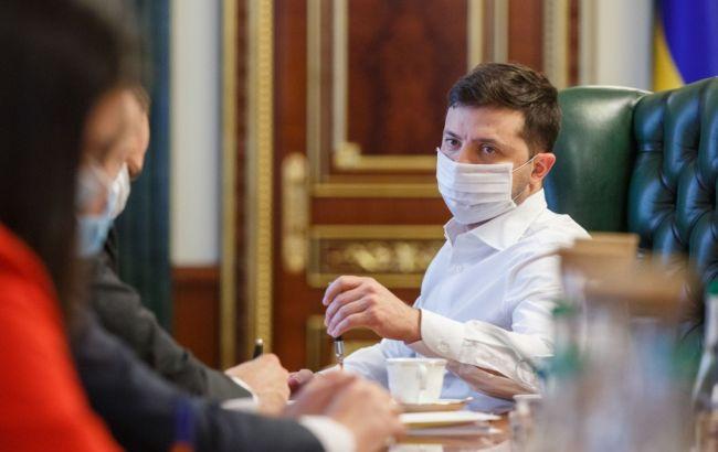 Зеленський про коронавірус: наступним викликом стануть травневі свята