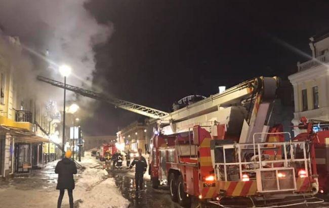 У Києві на Сагайдачного горить ресторан