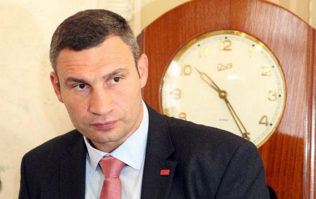 На месте скандальной застройки на киевских Осокорках началось обустройство сквера