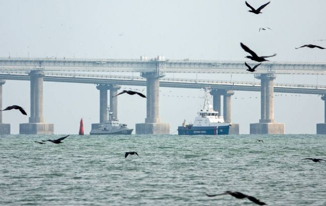 Росія почала передачу захоплених кораблів Україні
