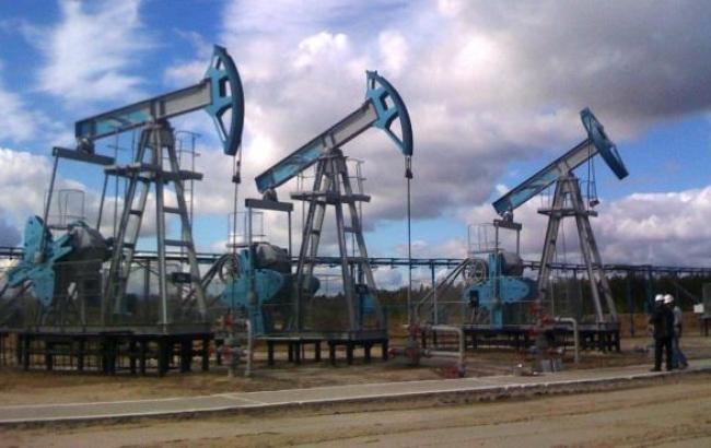 Цена на нефть Brent упала ниже 50 долл./баррель