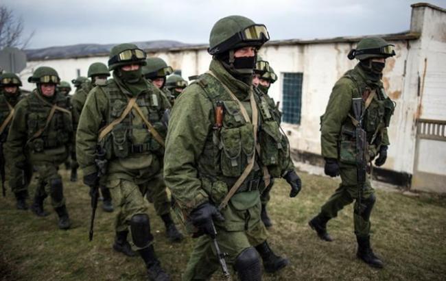 Российские военные попались на крупных хищениях во время учений в Крыму, - разведка