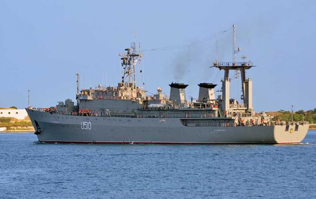 Возвращения Украине кораблей из Крыма решается в политической плоскости, - глава ВМС