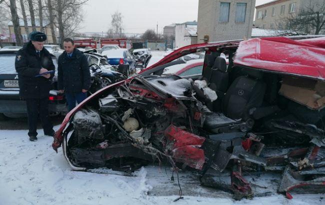 У Росії автобус з українцями протаранив фуру, є жертви