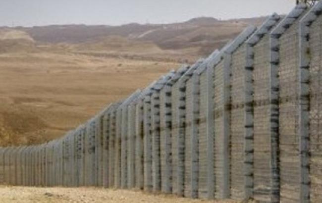 """Держприкордонслужба вже отримали 271 млн гривень на проект """"Стіна"""""""
