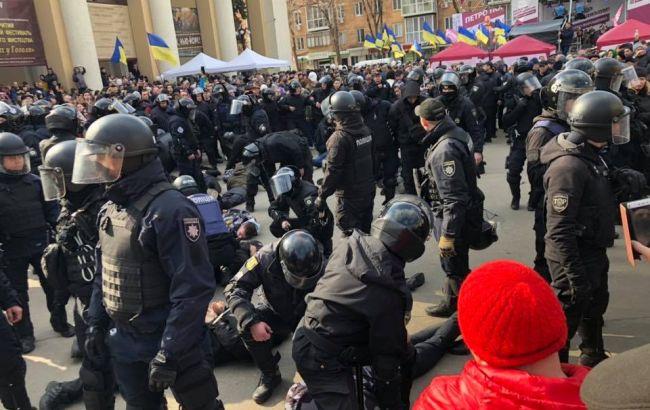Перед мітингом Порошенка у Полтаві затримали близько десятка людей